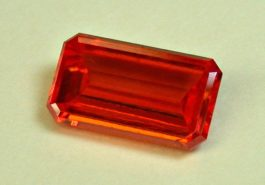 emerald-cut wulfenite - Red Cloud Mine